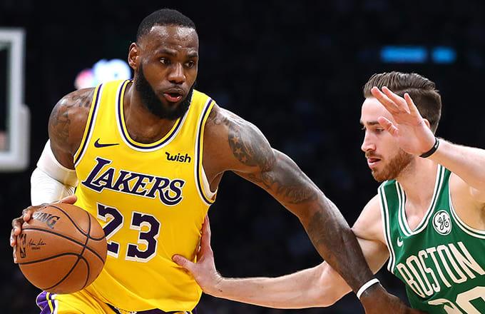 James dhe Lakers humbin shpresat për Play-Off