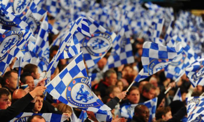 Tifozët e Chelseat e bojkotojnë trajnerin Sarri