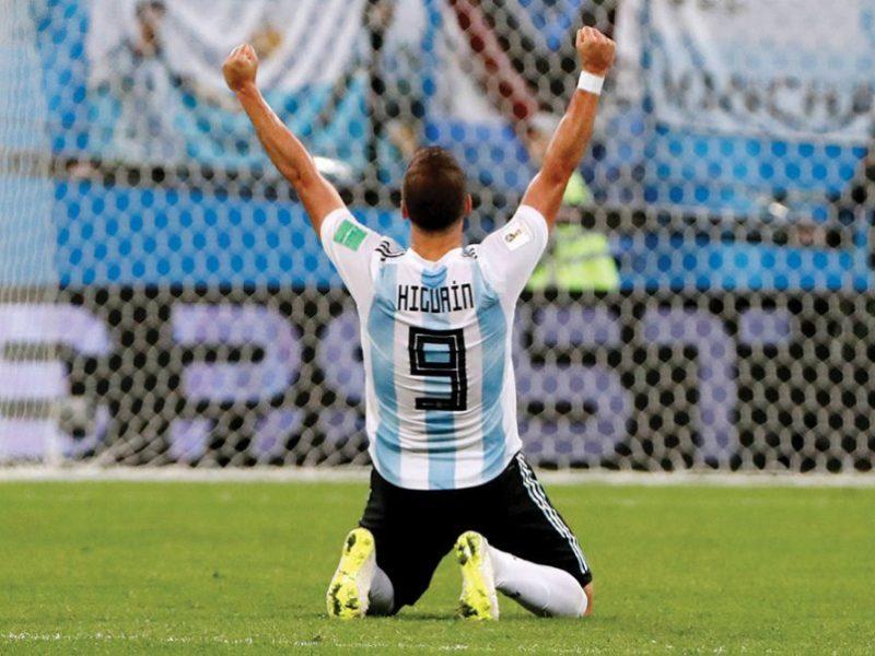 Higuain tërhiqet nga Argjentina me pengun e tri finaleve të humbura