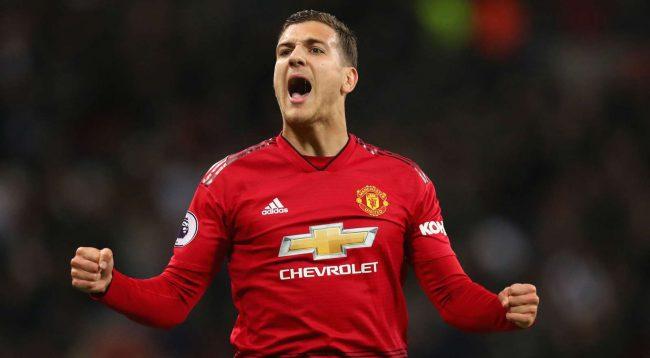 Dalot lavdëron skuadrën e tij: Ky është Man United