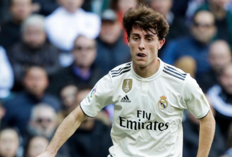 Odriozola i Real Madridit lëndohet rëndë, pas duelit me Viniciusin