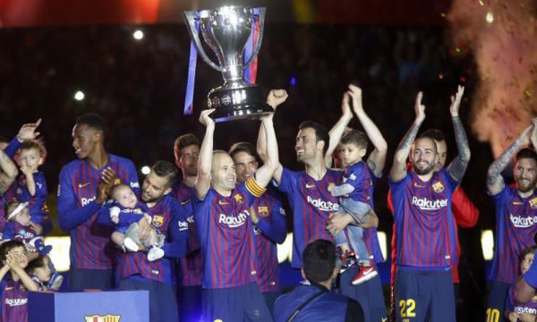 Shtyhet festa e Barcelonës për titullin e La Ligës