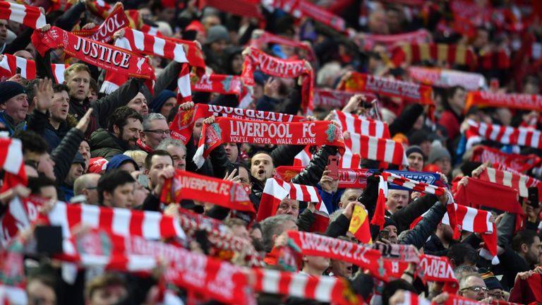 Liverpooli do të dënojë tifozët e tyre – kjo është arsyeja!