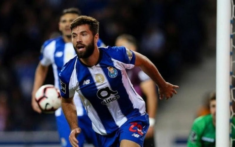 Atletico përforcon mbrojtjen, zyrtarizon blerjen e mbrojtësit të Portos