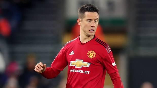 Zyrtare: Herrera largohet nga Manchester United