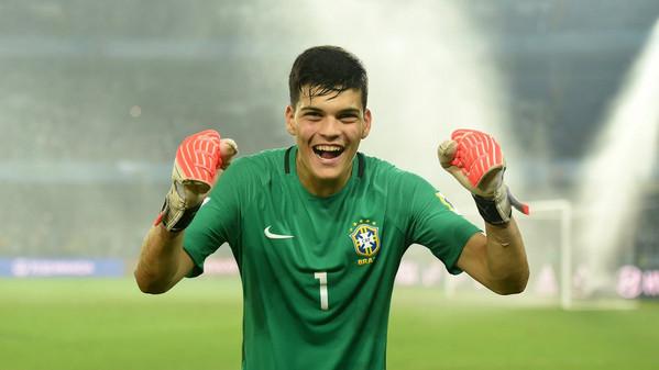 'Lëkundet' pozita e Handanovic, Interi afër të transferoi portierin brazilian