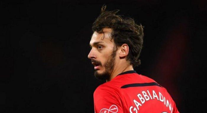 Gabbiadini po kryen testet mjekësore te klubi italian