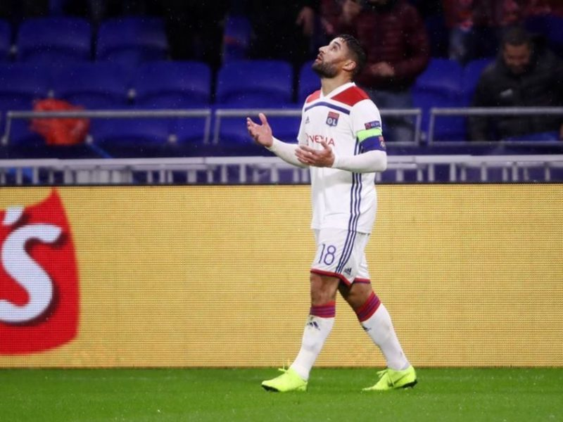 Fekir afër të vazhdojë kontratën me Lyonin