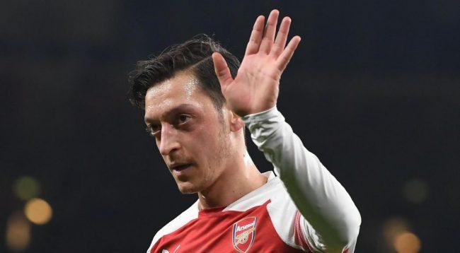 Arsenal po e transferon zëvendësuesin e Ozil